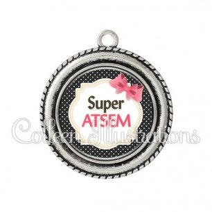 Pendentif résine Super ATSEM (008NOI01)