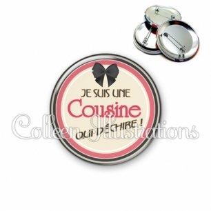 Badge 56mm Cousine qui déchire (042MAR01)