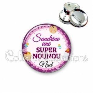 Badge 56mm Super nounou (044VIO02)