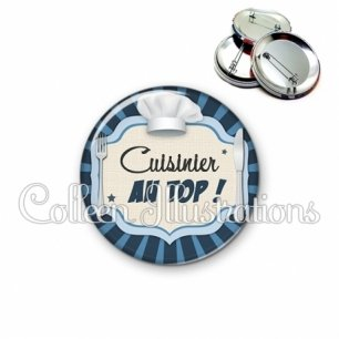 Badge 56mm Cuisinier au top (048BLE01)