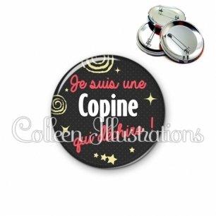 Badge 56mm Copine qui déchire (125NOI01)