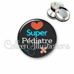 Badge 56mm Super pédiatre (155NOI01)