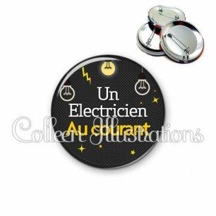 Badge 56mm Electricien au courant (159GRI01)