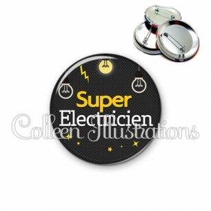 Badge 56mm Super électricien (159GRI01)