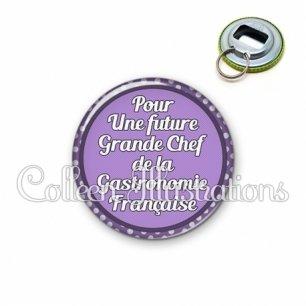 Décapsuleur 56mm Future grande chef de la gastronomie française (016VIO03)