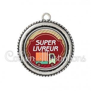 Pendentif résine Super livreur (011MAR01)