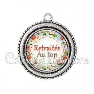 Pendentif résine La retraite c'est le top (011MUL03)