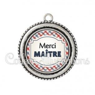 Pendentif résine Merci maître (013MUL01)