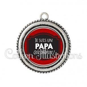 Pendentif résine Papa qui déchire (013ROU01)
