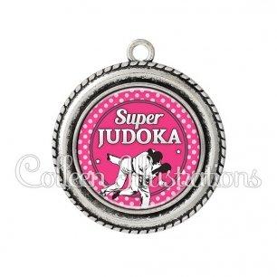 Pendentif résine Super Judoka (016ROS06)