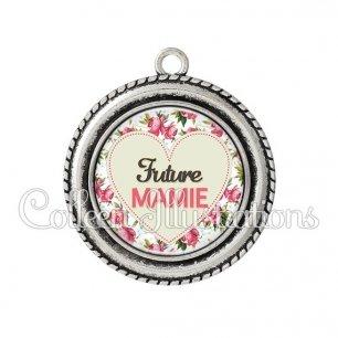 Pendentif résine Future mamie (015MUL02)