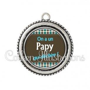 Pendentif résine On a un papy qui déchire (019MUL01)