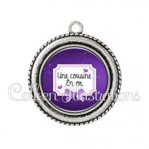 Pendentif résine Cousine en or (023VIO02)