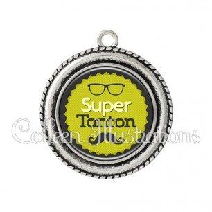 Pendentif résine Super tonton (024VER01)