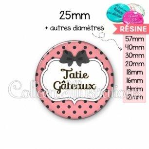 Cabochon en résine epoxy Tatie gateaux (006ROS05)