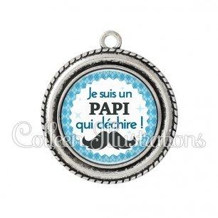 Pendentif résine Papi qui déchire (028BLE06)