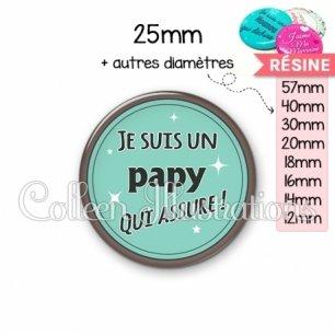 Cabochon en résine epoxy Papy qui assure (012VER01)