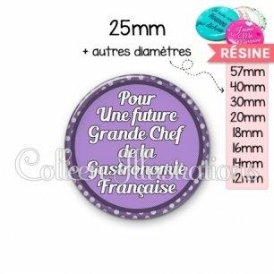 Cabochon en résine epoxy Future grande chef de la gastronomie (016VIO03)