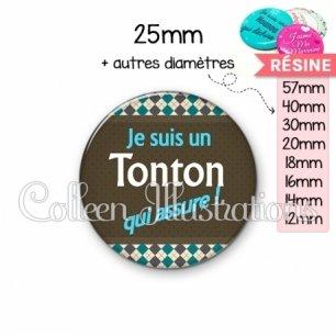 Cabochon en résine epoxy Tonton qui assure (019MUL01)
