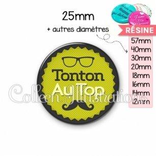 Cabochon en résine epoxy Tonton au top (024VER01)