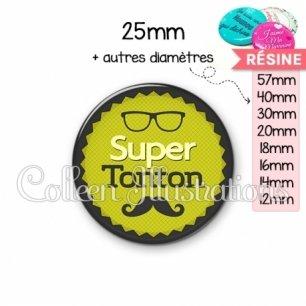 Cabochon en résine epoxy Super tonton (024VER01)