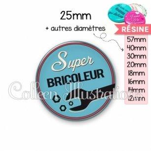 Cabochon en résine epoxy Super bricoleur (032BLE02)
