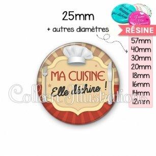 Cabochon en résine epoxy Ma cuisine elle déchire (048MAR01)