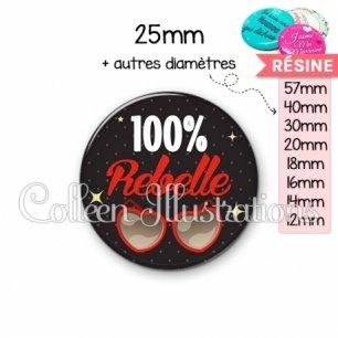Cabochon en résine epoxy 100% rebelle (053NOI01)