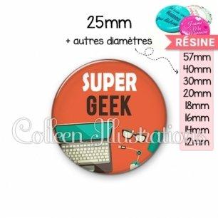 Cabochon en résine epoxy Super geek (088ORA01)