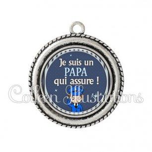 Pendentif résine Papa qui assure (031BLE03)