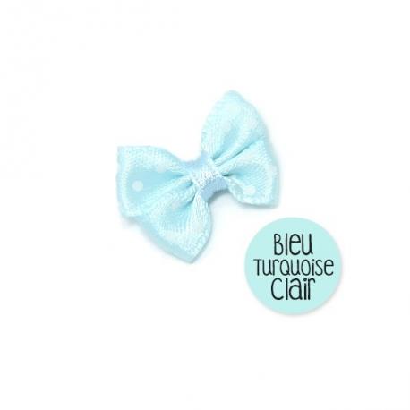 Noeud bleu clair en tissu