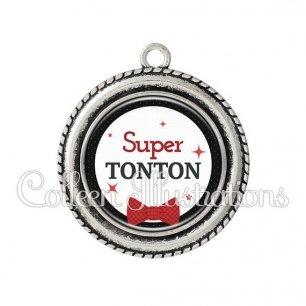Pendentif résine Super tonton (036NOI01)