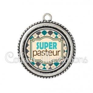 Pendentif résine Super pasteur (004MUL01)