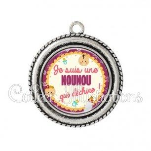 Pendentif résine Nounou qui déchire (044VIO01)