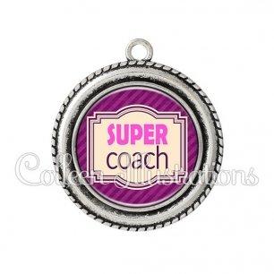 Pendentif résine Super coach (004VIO02)