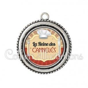 Pendentif résine La reine des cannelés (048MAR01)