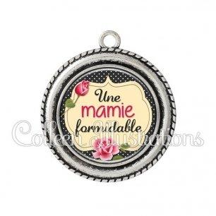 Pendentif résine Mamie formidable (061NOI01)