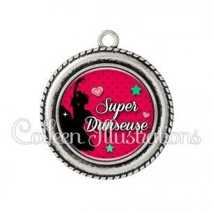 Pendentif résine Super danseuse (074ROU01)