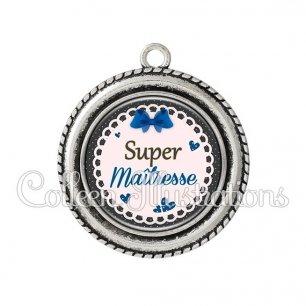 Pendentif résine Super maîtresse (005BLE07)