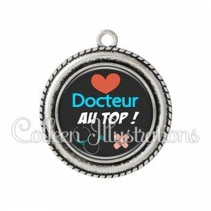 Pendentif résine Docteur au top (155NOI01)
