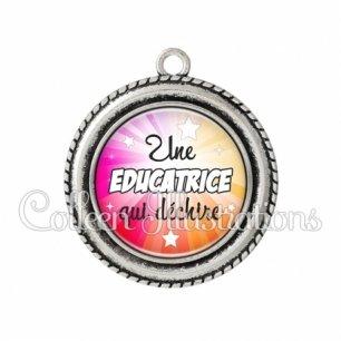 Pendentif résine Educatrice qui déchire (161MUL01)