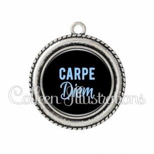 Pendentif résine Carpe diem (181NOI03)