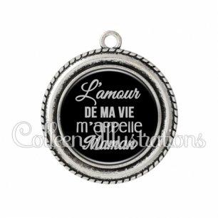 Pendentif résine L'amour de ma vie m'appelle maman (181NOI07)