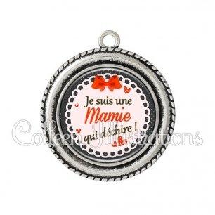 Pendentif résine Mamie qui déchire (005ROU05)